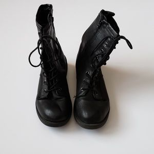 Madden Girl | Albanie Lace Up Combat Boots